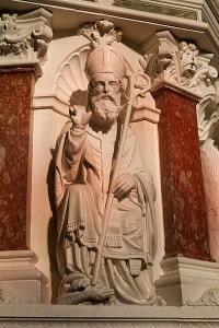 400px-Clonmel_Irishtown_St._Mary's_Church_of_the_Assumption_Pulpit_Saint_Patrick_2012_09_06