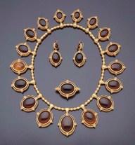 Neo-Etruscan Parure Set Circa 1860-1870